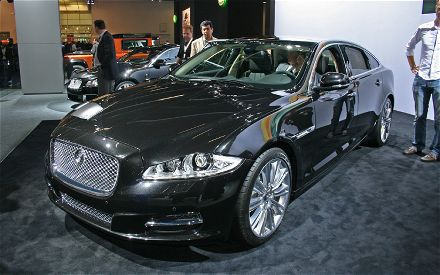 Jaguar Xj 2011 Black. The bosses at Jaguar must have