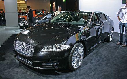 Jaguar Xj 2011 Black. The bosses at Jaguar must have